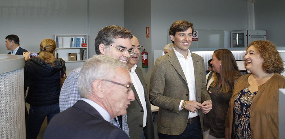 Visita de una delegación del PP a Cloud Center Andalucía